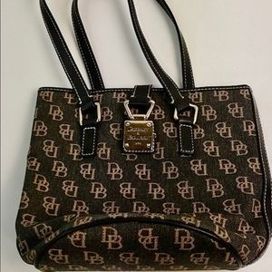 Dooney & Bourke Handbag I Brown Canvas Signature